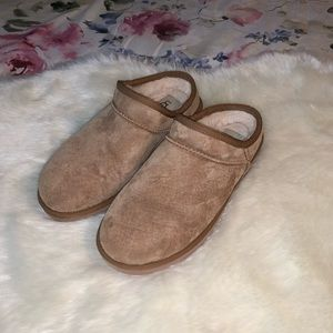 Ugg's Classic Water Resistant Slipper